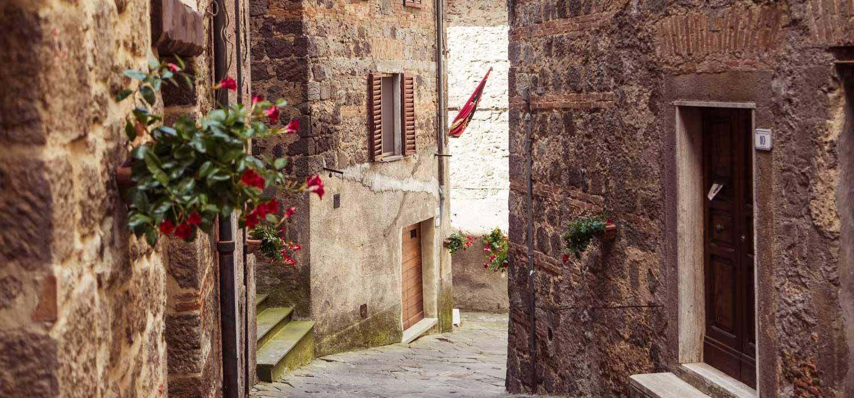 Borgo di Piancastagnaio scorcio